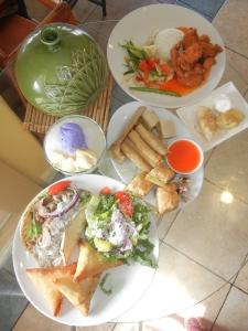 Filipino food from Kawali Grill